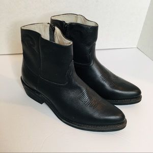 Leather Riding/Cowboy Zip up Boots